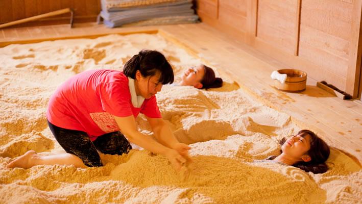 砂塩風呂と名月堂ヘルシーランチセット
